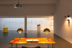 <p>Vues de l'exposition de Nives Widauer Antichambre © Margot Montigny / CCS</p>