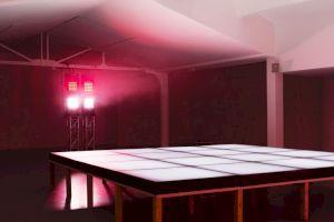 """<p>Pauline Boudry & Renate Lorenz vue de l'exposition """"Improvisation télépathique"""" / © Claire Dorn</p>"""