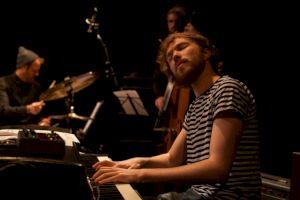 <p>Gauthier Toux Trio / Photo: Simon Letellier</p>