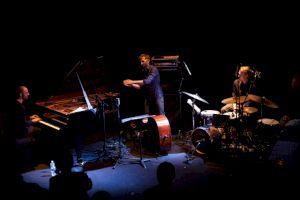 <p>Florian Favre Trio / Photo: Simon Letellier</p>