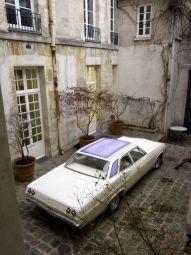 <p>Chevrolet Bel  Air 1965, Olivier Mosset / Jeffrey Schad & Vincent Szarek / Photo: Marc Domage / CCS</p> — © Centre culturel suisse. Paris