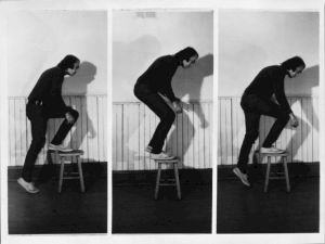 <p>Vito Acconci, Step Piece (document of the activity), 1970, collection Fotomuseum Winterthur © Vito Acconci</p>