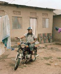 <p>© Yann Gross, Mandela Stadium, photo tirée du projet Kitintale</p>