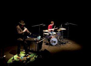 <p>Rhys Chatham et Christian Pahud au CCS / Photo: Eduardo Serafim</p>