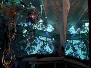 <p>Cosmic Incubadora (installation totale) (détail) Photo: Gerda Steiner & Jörg Lenzlinger</p>