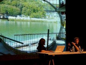 <p>Conférence de Dominique Jakob et Brendan MacFarlane / Photo: CCS</p>