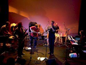 <p>Imperial Tiger Orchestra / Photo: Eduardo Serafim</p>