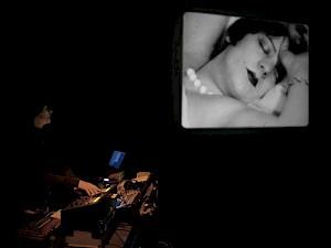 Concert de Franz Treichler au CCS / Photo: Jean Marmeisse — © Centre culturel suisse. Paris