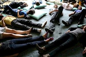 Séance d'hypnose dans le cadre de la préparation de l'exposition (été 2008) / Photo: D.R. — © Centre culturel suisse. Paris