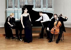 Ensemble Aequatuor / Photo: Marjam Kluka — © Centre culturel suisse. Paris