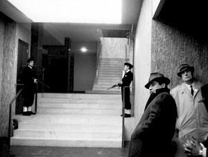 """""""Alphaville"""", Jean-Luc Godard / Capture vidéo — © Centre culturel suisse. Paris"""