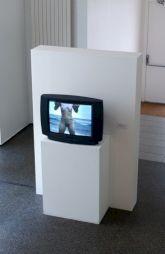 "<p>""Barbed Hulla"", de Sigalit Landau (vue d'installation) / Photo: D.R.</p>"