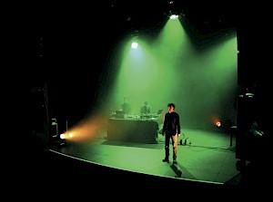 """Jeremy Narby et The Young Gods, """"Amazonia, Ambient Project"""", dans le cadre de """"Comment rester zen"""" / Photo: Bruno Meister — © Centre culturel suisse. Paris"""