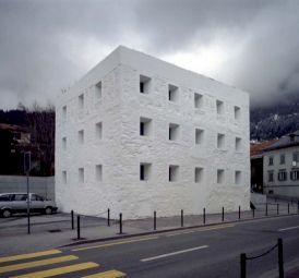 <p>Valerio Olgiati, Das gelbe Haus</p>