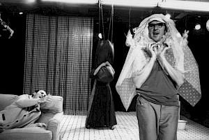 "Oskar Gómez Mata, Compagnie l'Alakran, ""Le boucher espagnol"" de Rodrigo García  / Photo: Christian Lutz — © Centre culturel suisse. Paris"
