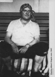 <p>Charles-Albert Cingria vers 1947 / Photo: Henriette Grindat (carton de l'exposition)</p>