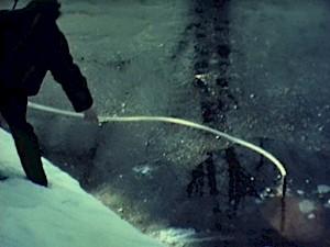 """Roman Signer, """"Restenfilme 1975-1989"""" — © Centre culturel suisse. Paris"""