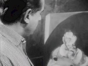 """Francis Bacon dans son atelier, 1964, dans """"Continent sans Visa"""" / Capture vidéo © Pierre Koralnik"""