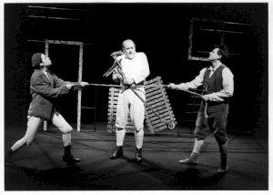 """<p>Nathalie Jeannet, Claude Yersin, Jean-Quentin Châtelain dans """"Félix"""" de Robert Walser / Photo: Agence de Presse Bernand</p>"""