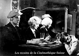 """""""Dans les rues"""" réalisé par Victor Trivas (1933) / Carton de l'événement — © Centre culturel suisse. Paris"""