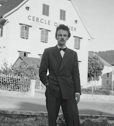 Francis Giauque, le 13 juillet 1952, à Sonvilier / Photo: D.R. — © Centre culturel suisse. Paris