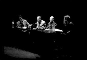 Daniel Jeannet, Michel Vivaner, Daniel De Roulet en conversation sur la scène du CCS / Photo: Olivier Meylan — © Centre culturel suisse. Paris