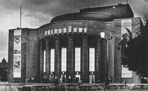 <p>La Volksbühne à Berlin / Photo: Harry Hirschfeld</p>