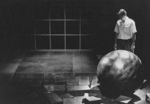 """<p>Jean-Quentin Châtelain dans """"Mars"""" de Fritz Zorn, mis en scène par Darius Peyamiras / Photo: D.R.</p>"""