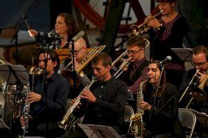 Sarah Chaksad Orchestra © Mathew Lee