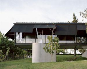 <p>T E N, projet Avala (maison près de Belgrade), 2020 © Maxime Delvaux</p>