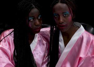 <p>Kayije Kagame AVEC GRACE / SANS GRACE. Photographie: Eden Levi</p>